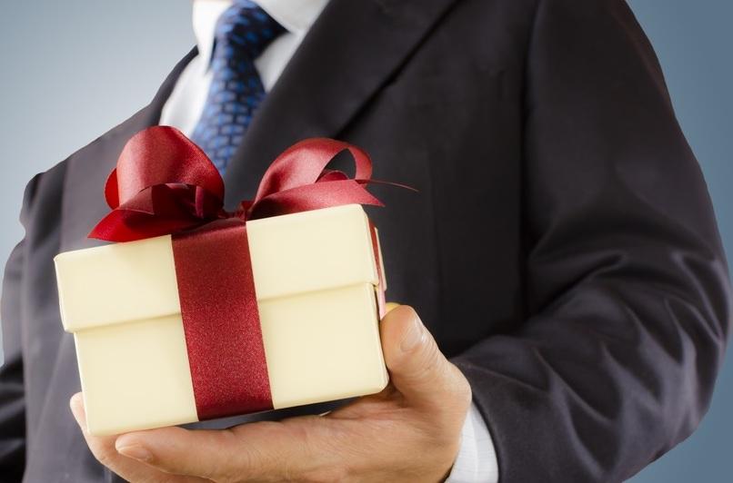 Les cadeaux d'entreprise sont-ils deductibes de vos impots ?